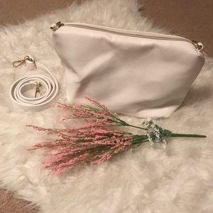White bag 👜